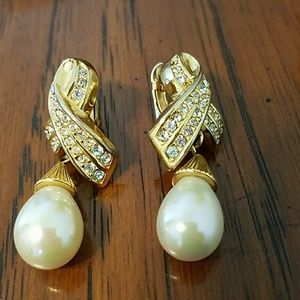 Vintage Signed Christian Dior Faux Pearl Earring